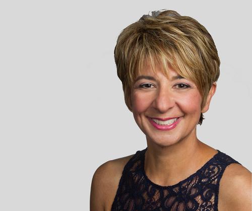 Mina Ebrahimi – How Hospitality Gives Back